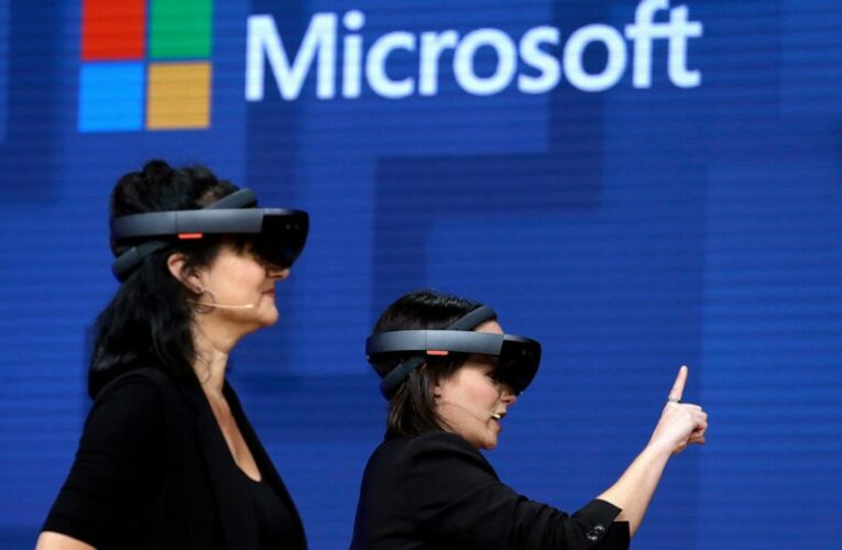 Microsoft wins $22 billion deal making headsets for US Army